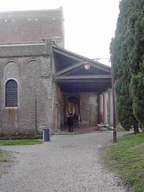 Bisanzio la basilica di s maria dell 39 assunta torcello for Disegni del portico laterale