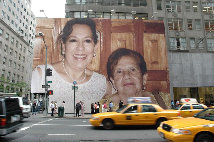 Con mamá, que siempre nos acompaña.