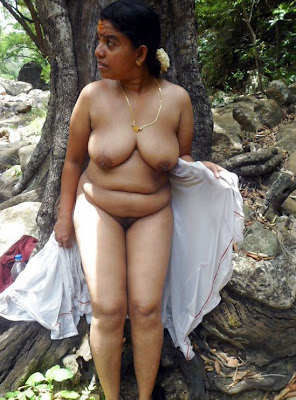 Desi Village Aunty Big Tits And Pussy Photo