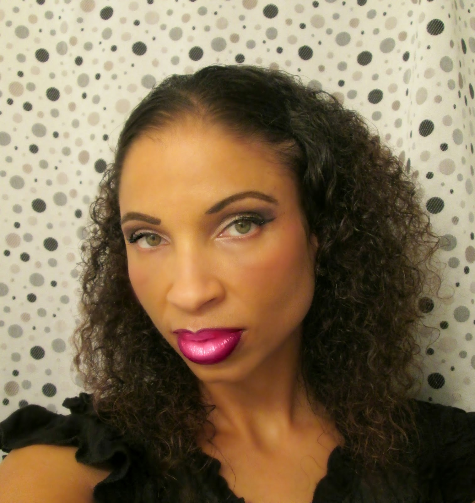 http://chrysalisglam101.blogspot.com/2014/11/ombre-lips.html