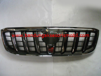 Grill Hilux Chrome