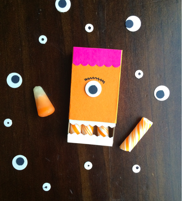 Last-Minute Halloween Idea: DIY Monster Mouth Favors