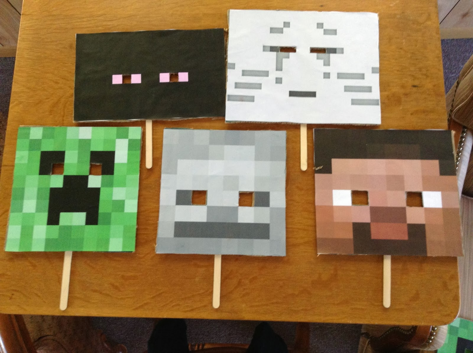 It is a graphic of Satisfactory Minecraft Masks Printable