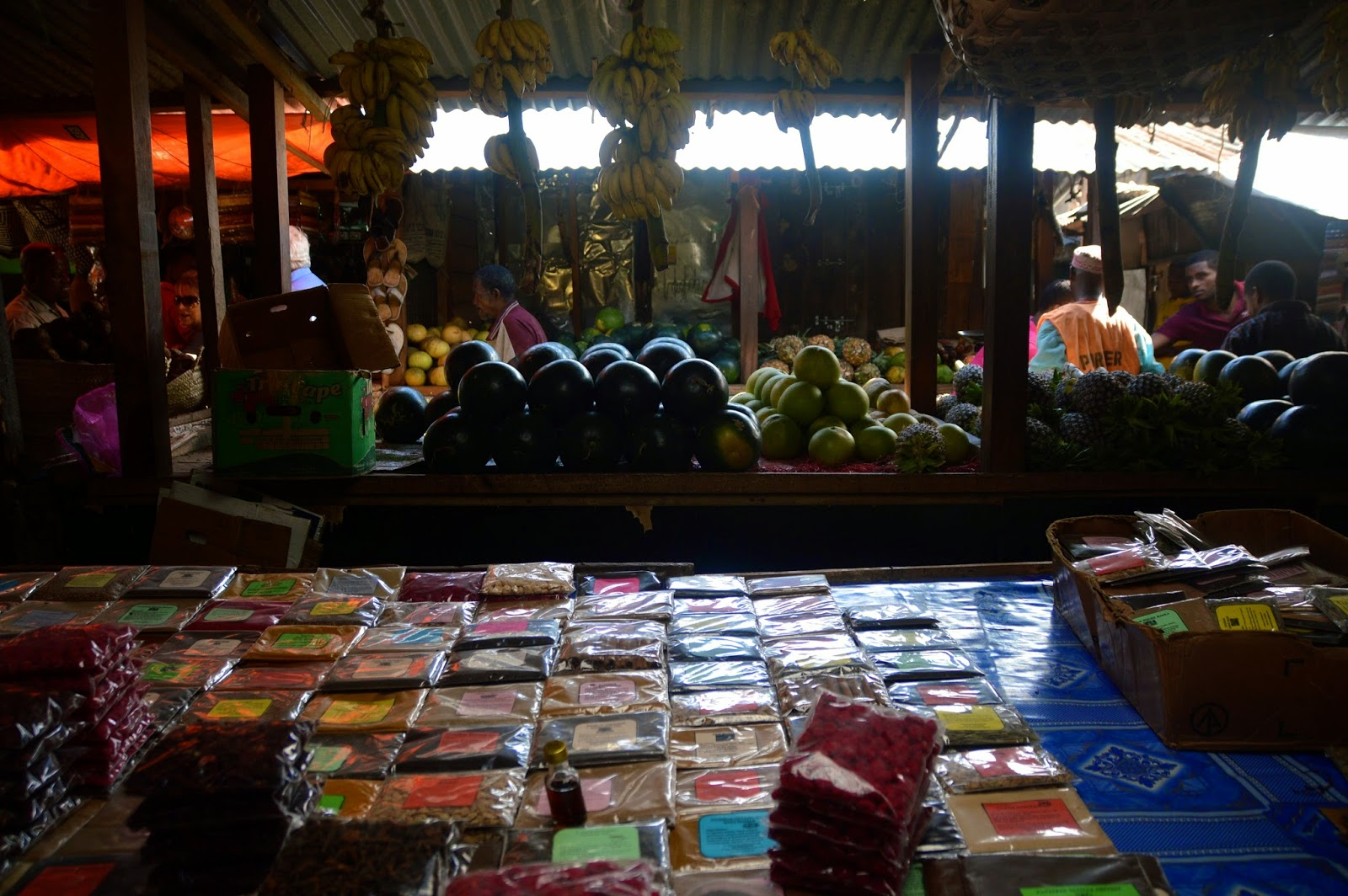 zanzibar tanzania market bazaar spices
