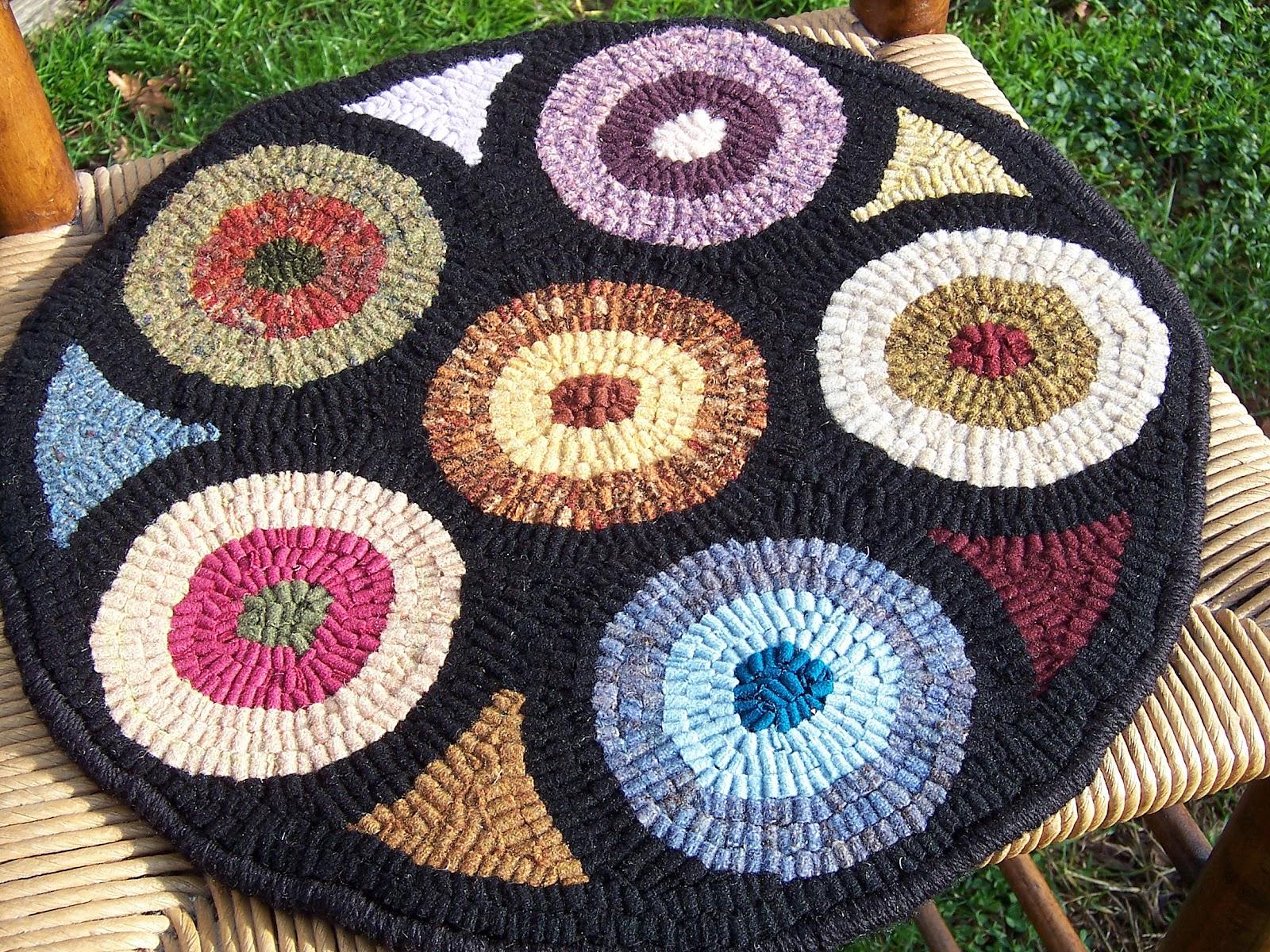 Elegant Wool Rug Hooking...Chair Pad