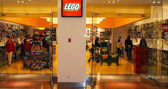 LEGO brick n brick
