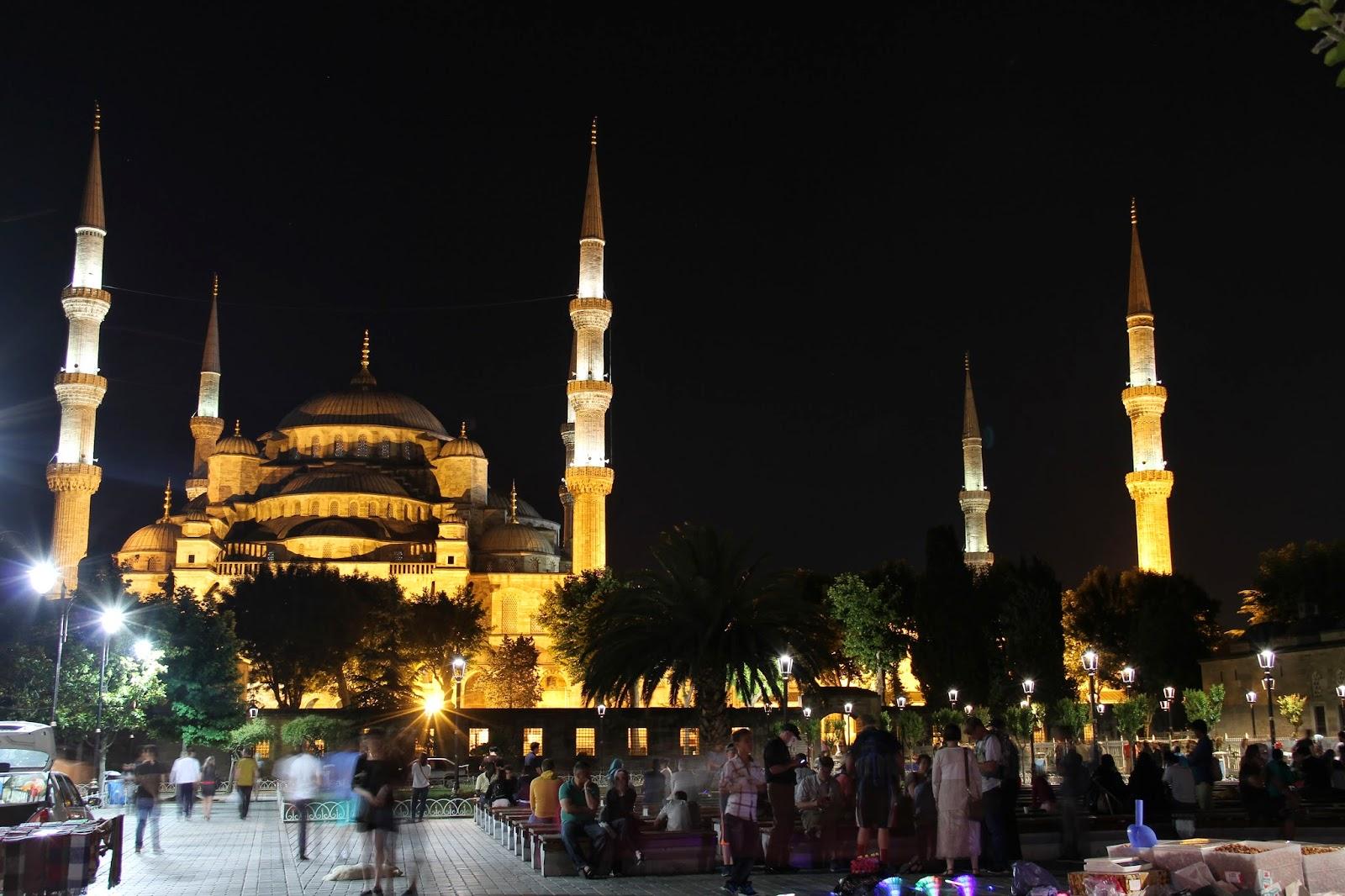 в чем идти в мечеть
