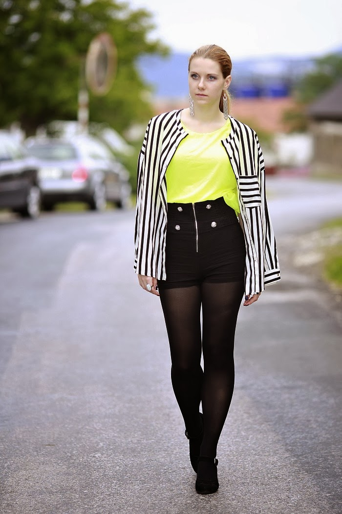 lucie srbová, style without limits, striped shirt, mango, neon