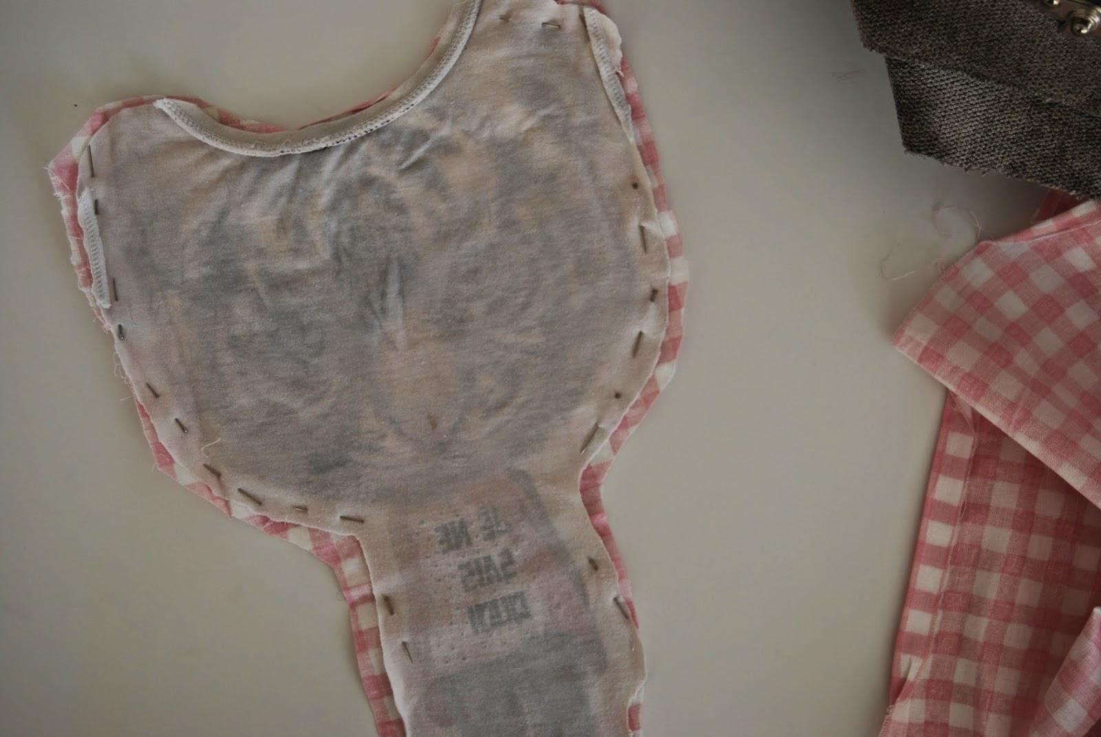 http://sosunnyblog.blogspot.com.es/2014/11/camisetas-que-se-convierten-en-cojines.html