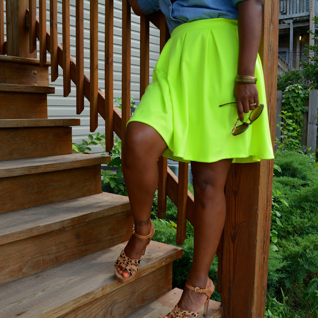 ideas for neon skirt outfit