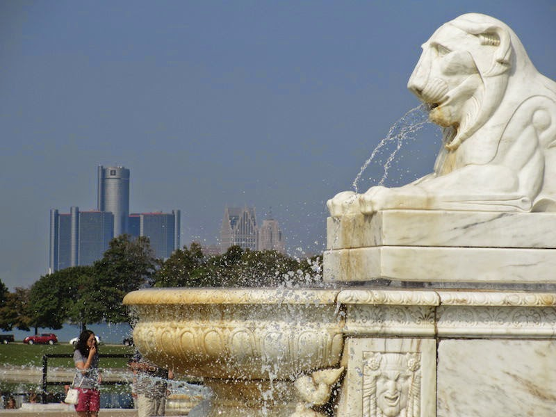 Ren Cen from Belle Isle Scott Fountain
