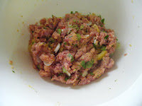 combine sweet chilli turkey burger ingredients