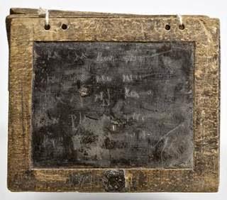 Você sabia Na Roma Antiga usava-se Facebook de tábuas e papiros