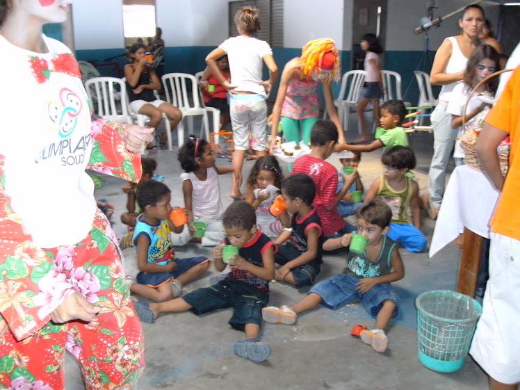 Crianças, sempre crianças. Esse é nosso objetivo! Crianças, Comunidade Nossa Senhora das Graças!