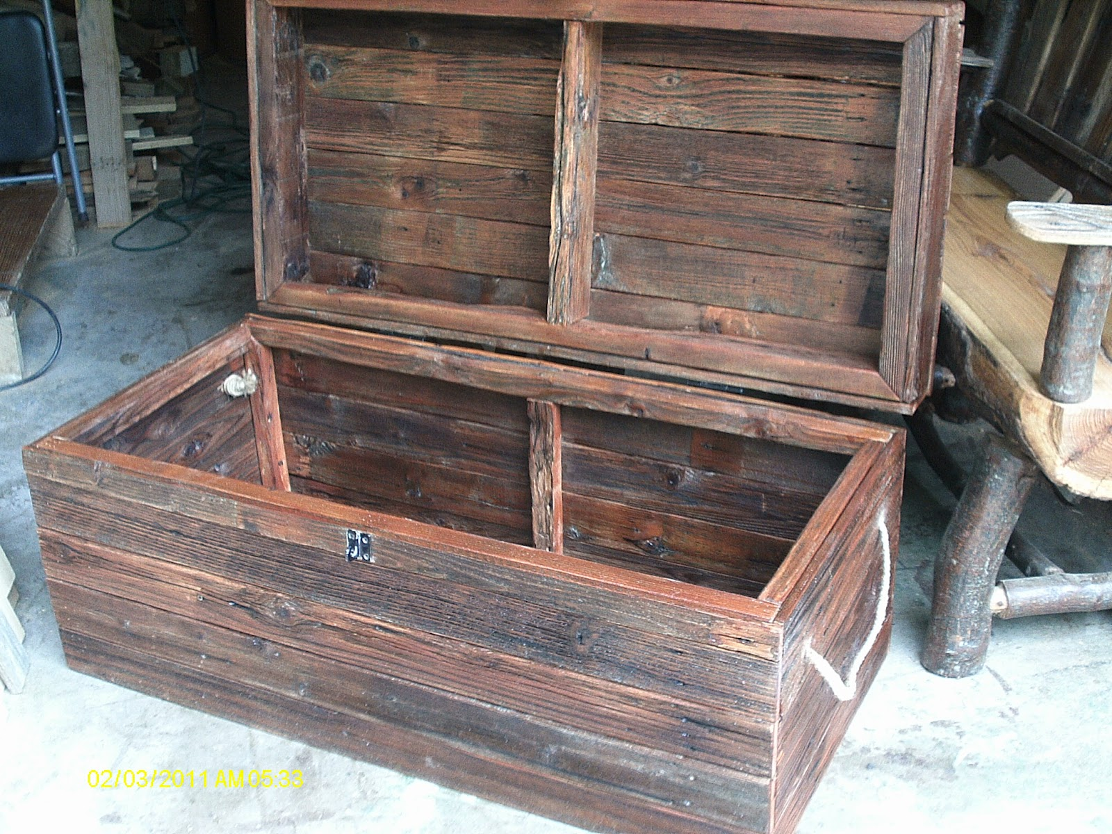 Handmade Rustic Log Furniture Reclaimed Fenceboard Chest Trunk