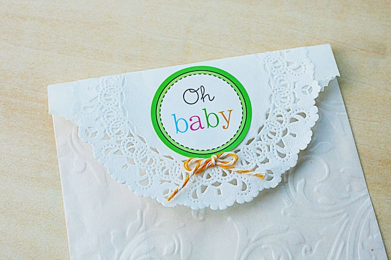 SRM Stickers Blog - Baby Shower Favors by Yvonne - #DIY #baby # shower #stickers #glassine bag #twine #doilies