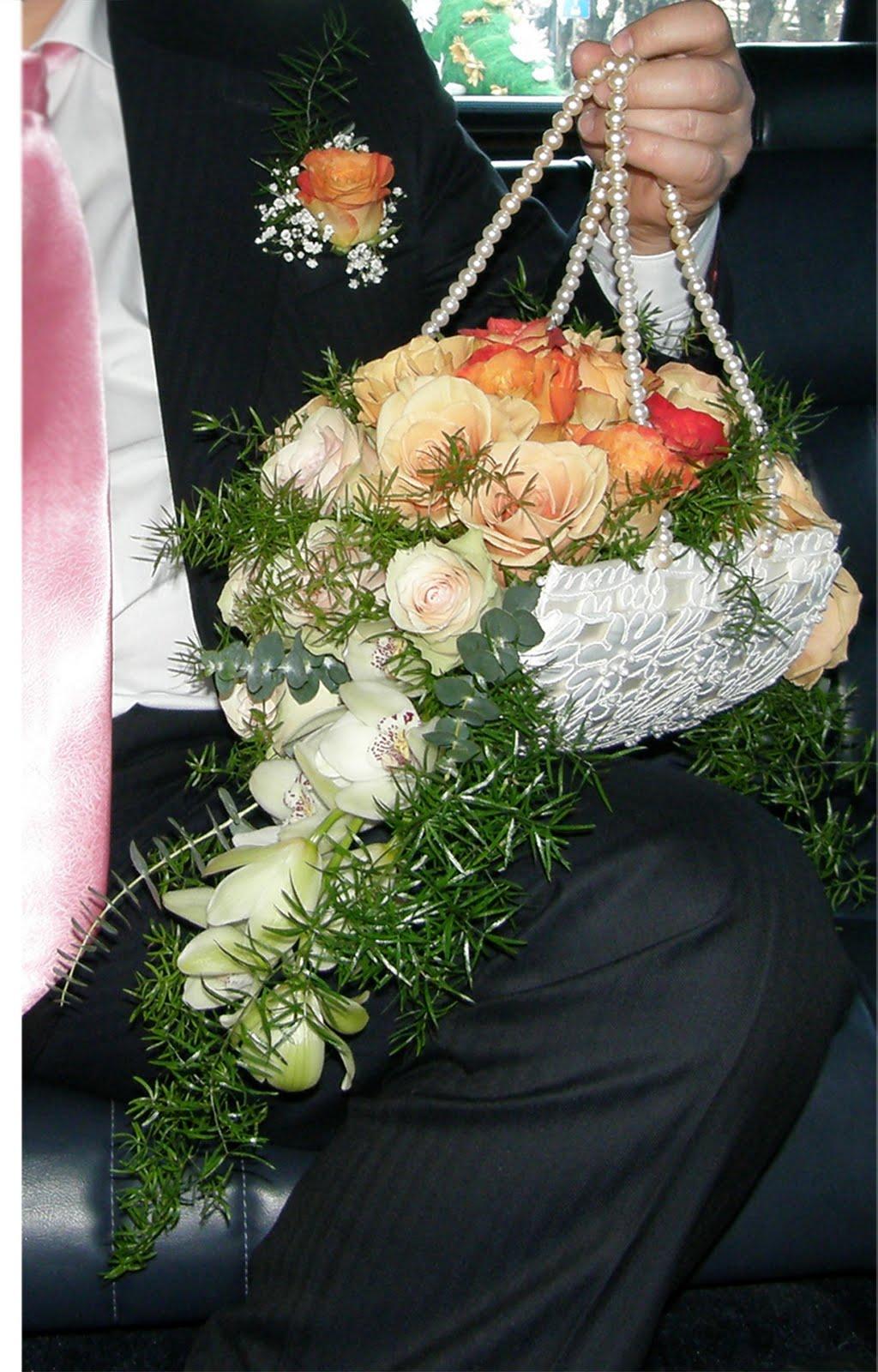 Необычные букеты из цветов своими руками фото