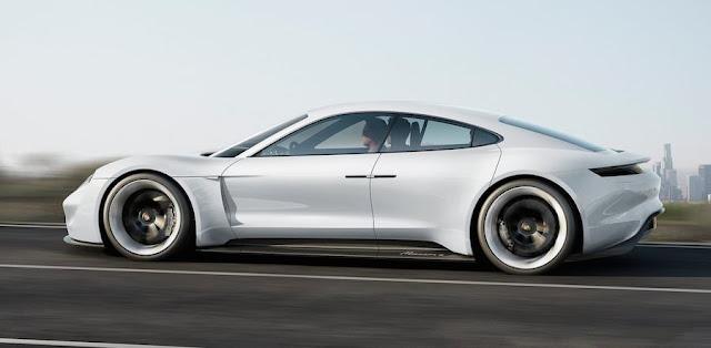 15分の充電で400キロ走れるポルシェの電気自動車コンセプト「ミッション E」