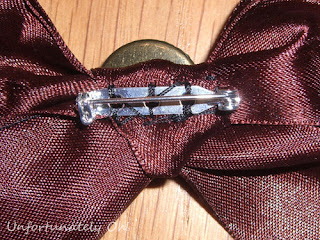 bead and ribbon with detachable bow brooch necklace