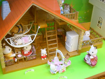 #5 Calico Critters Wallpaper