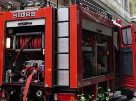 Φωτιά σε ασανσέρ πολυκατοικίας στα Τρίκαλα