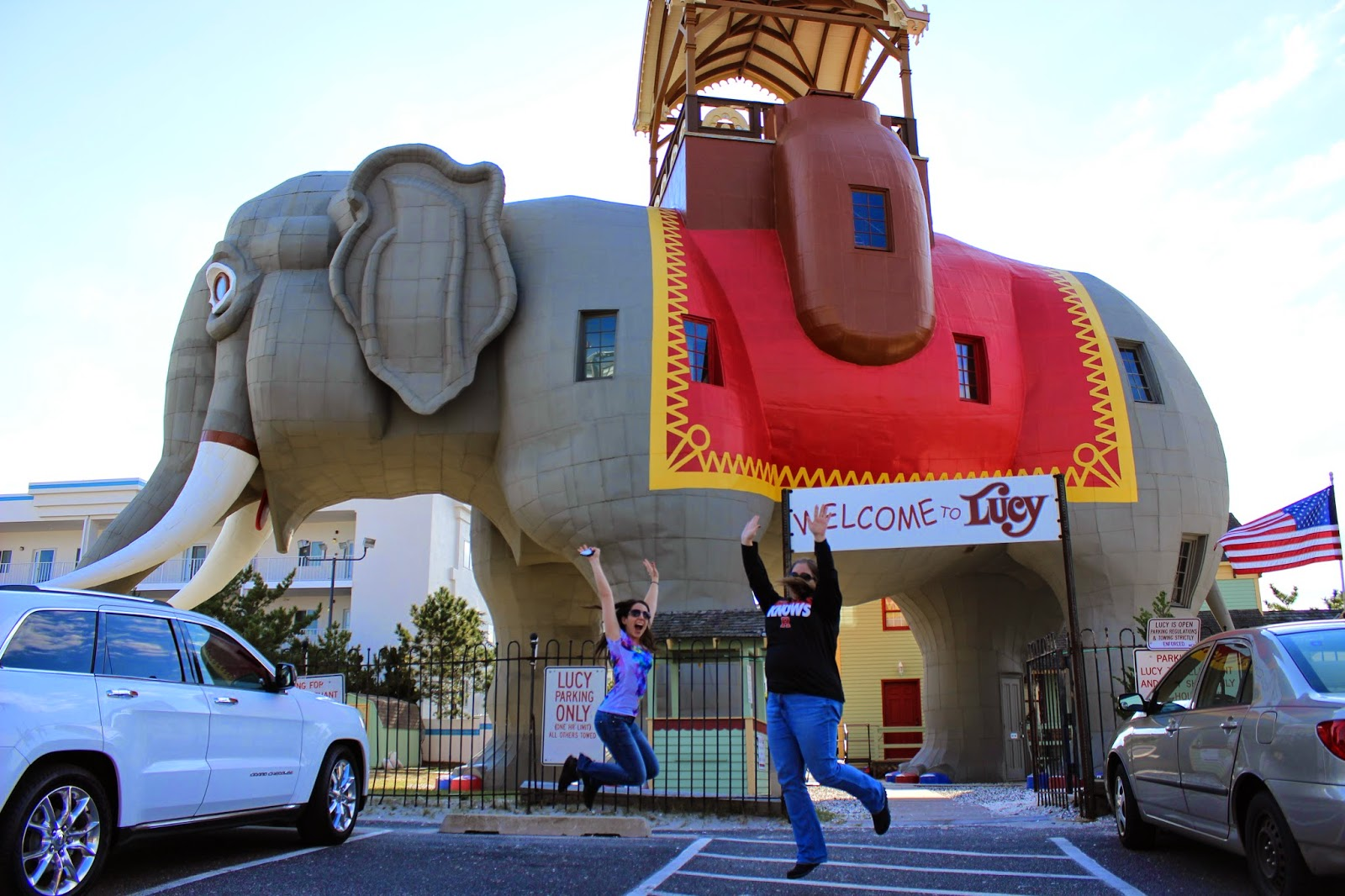 Lucy the elephant jumping shot