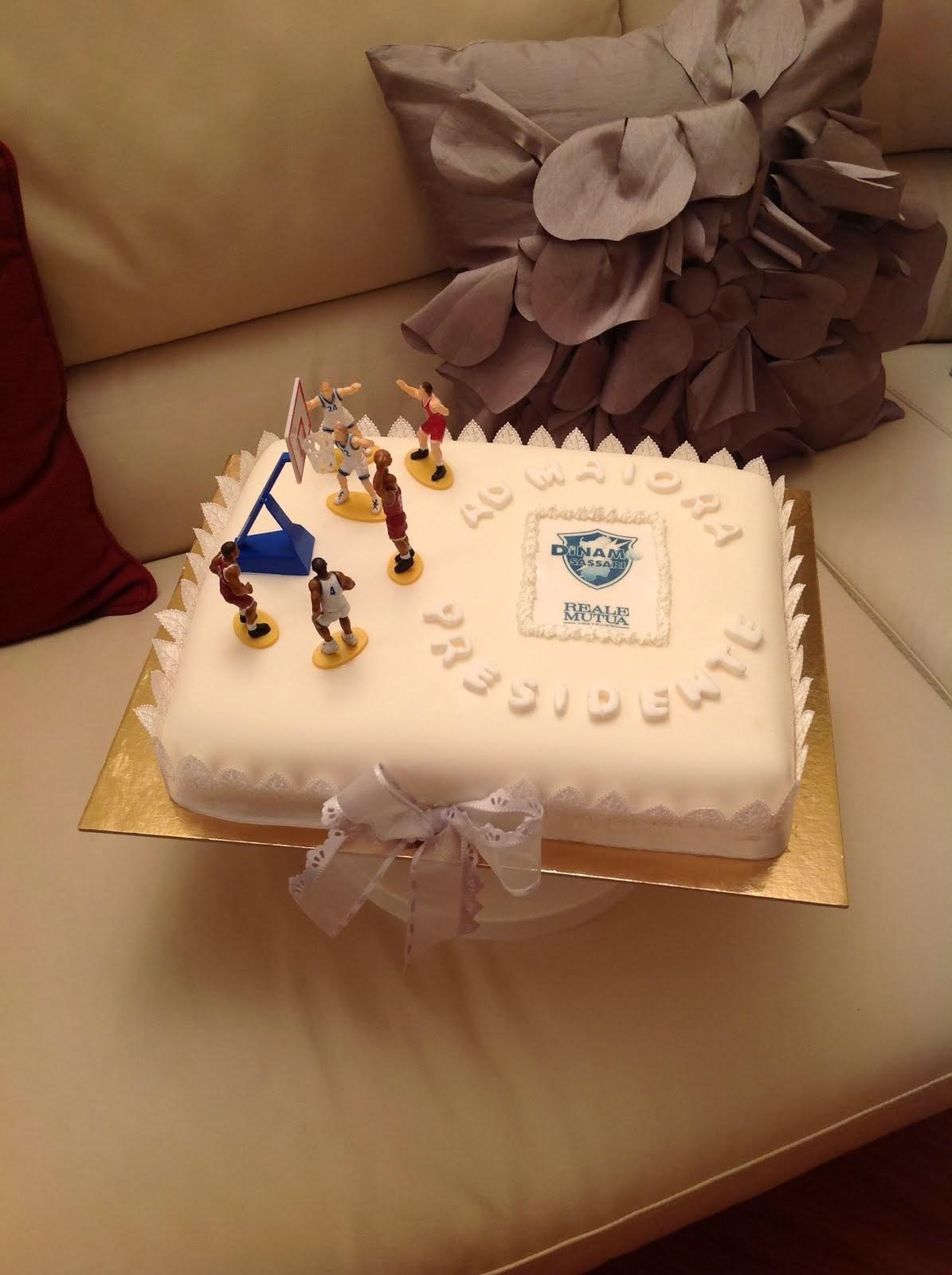 Cake for Dinamo's President
