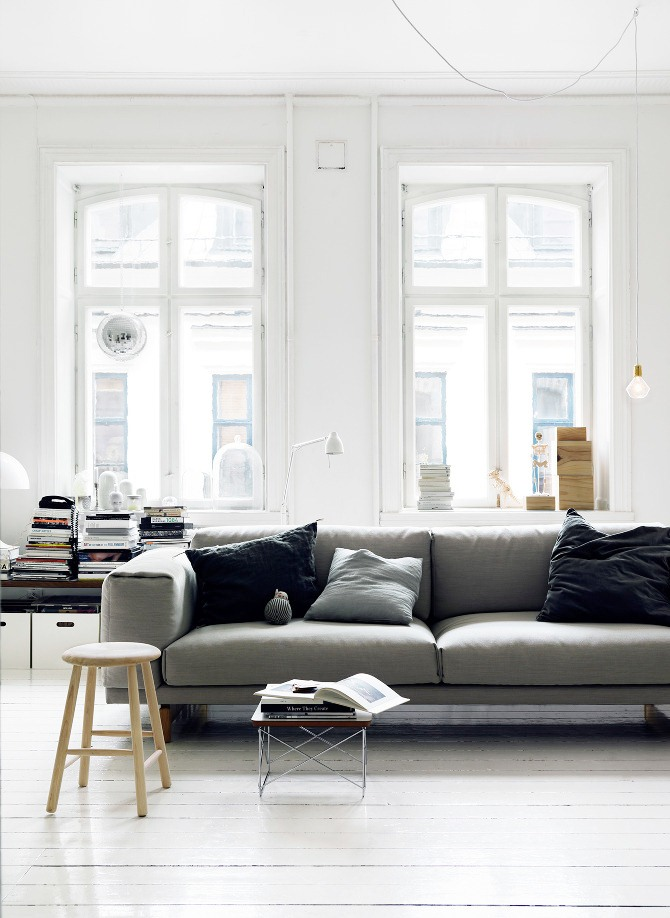 COCOCOZY: MINIMALIST DECOR - LIVING ROOM DONE LIGHT!