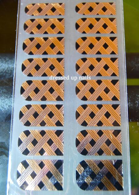 OMG Nail Strips zig zag silver and black nail foil strips