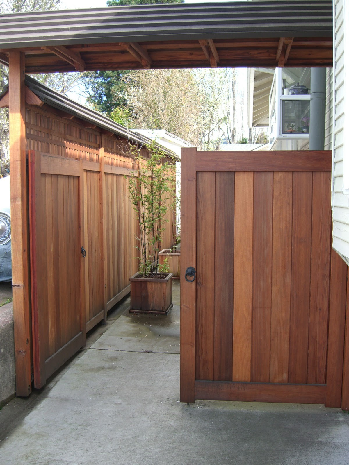 MacGregor Construction Japanese Style Driveway Gates and Fence