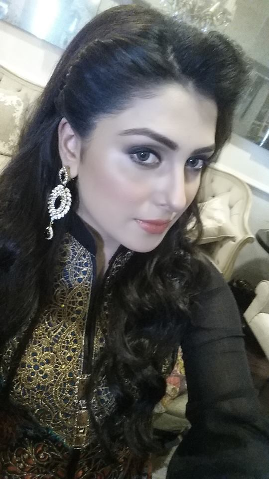 Aiza Khan Latest pics