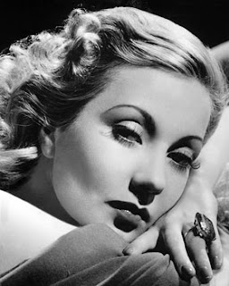 Vintage black and white photo of actress Ann Sothern