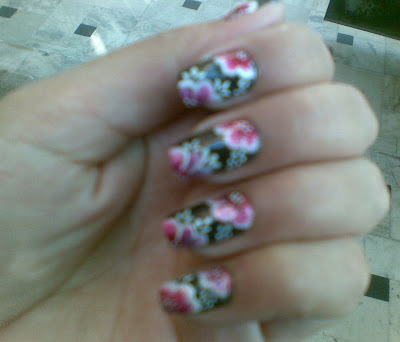 one stroke pretty nail design picture