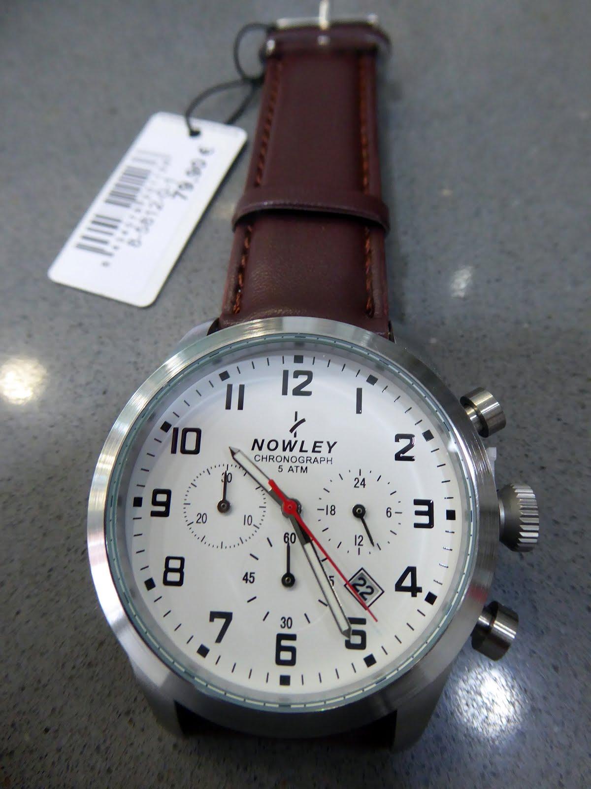 Reloj Nowley caballero multifunción, correa cuero.