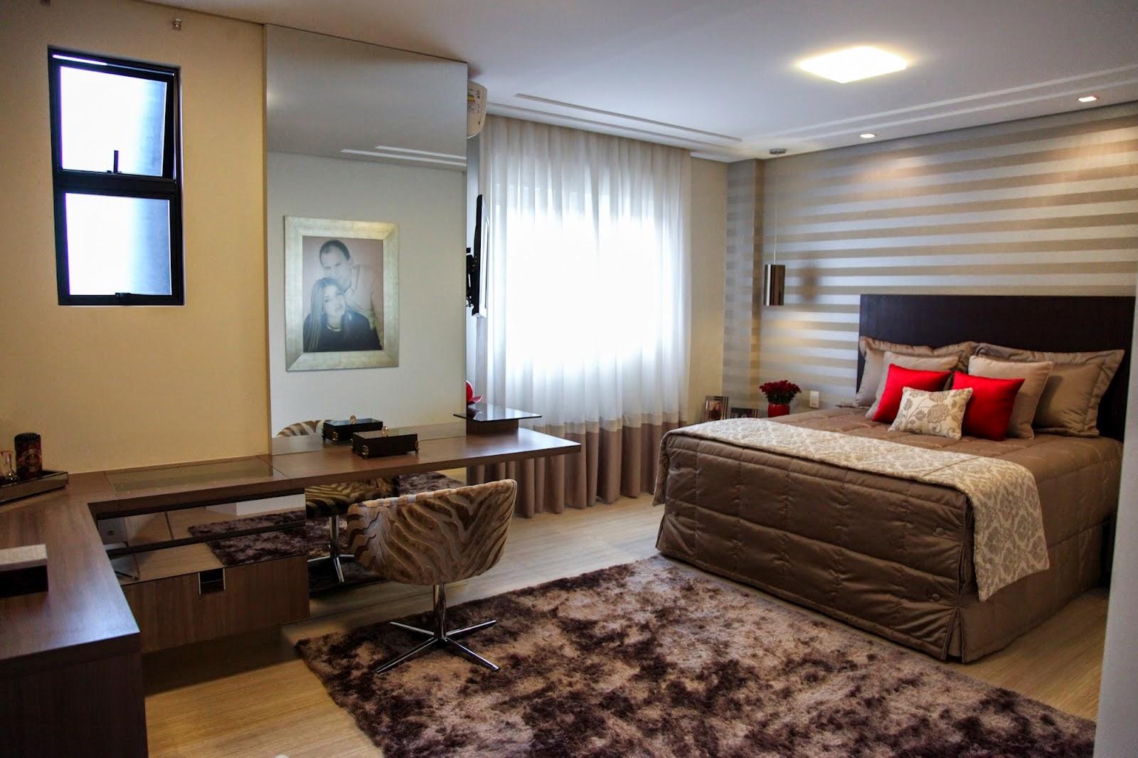 cama decorada, home office, iluminação