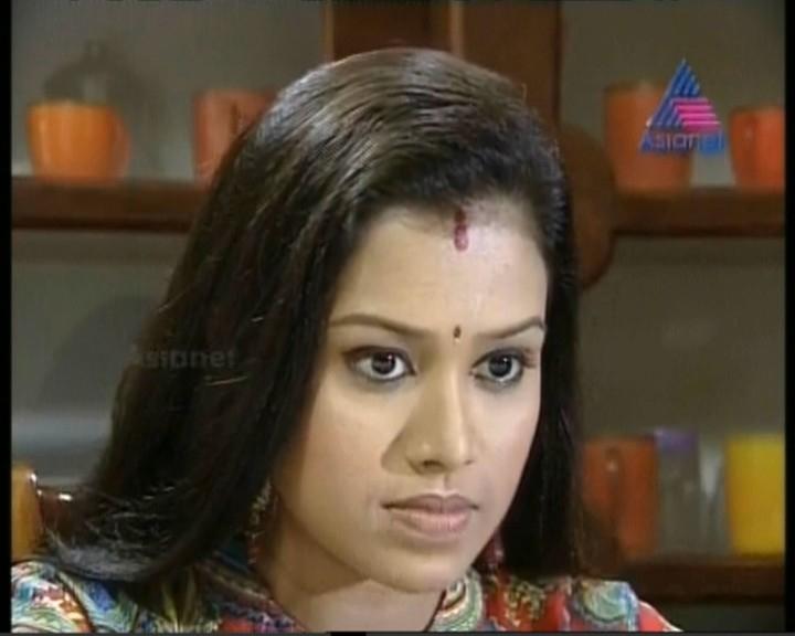 kerala television Anchors and television Serial actress : January 2013 ...