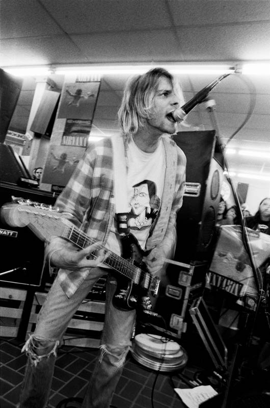 Xitoxin kurt cobain grunge fashion for Jaguar house music