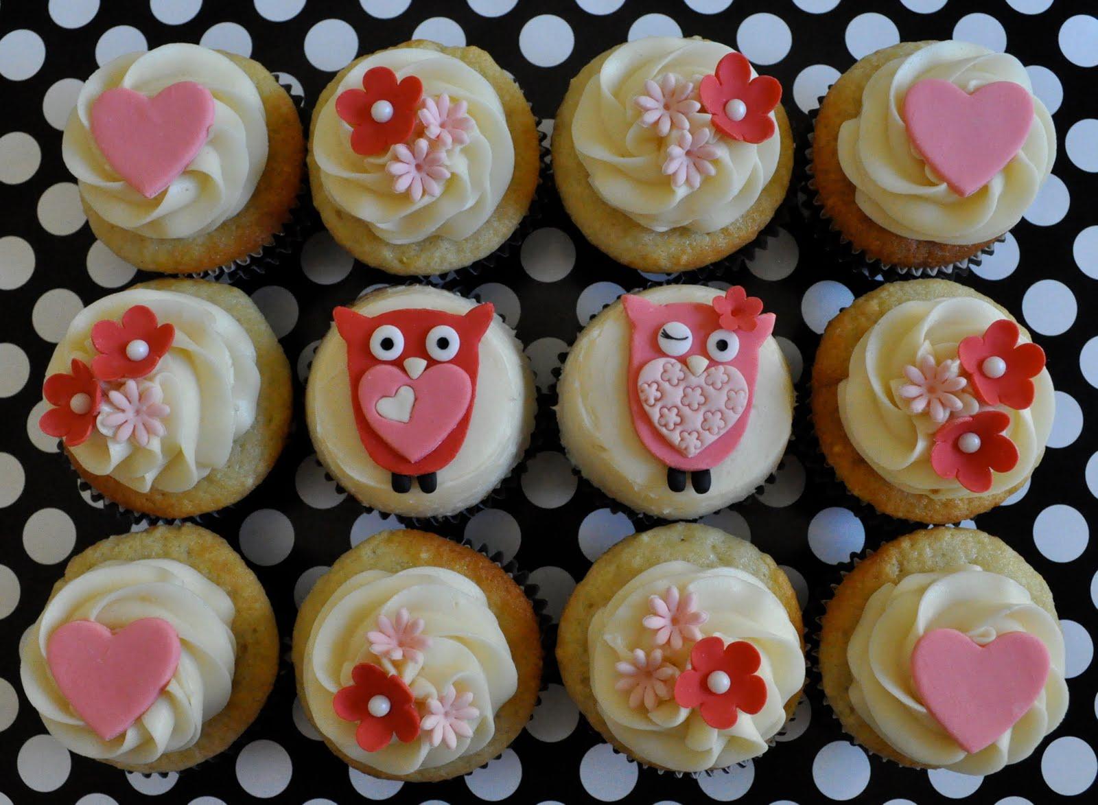Pink Argyle: Free Printable Valentines + Cute Cupcakes