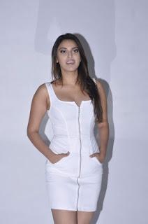 Anushka Ranjan Spicy  6.JPG
