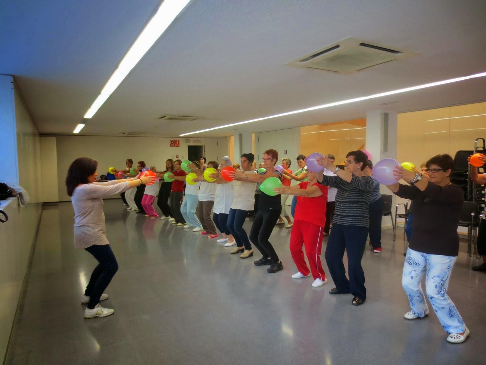 http://casaldeladona-lleida.blogspot.com.es/2013/10/inici-del-taller-cos-en-moviment.html