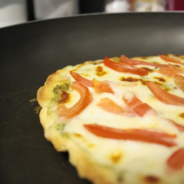 A recipe for pizza that you can make on the stove - no oven needed!