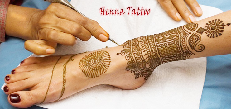 How To Do Henna Art On Your Hand | Divas Brow