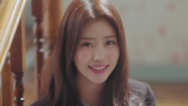 Lovelyz' Mijoo (미주) in Hi~ MV