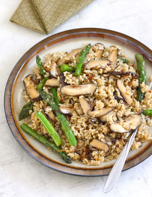 Shiitake Mushroom Brown Rice with Crispy Ginger by SeasonWithSpice.com