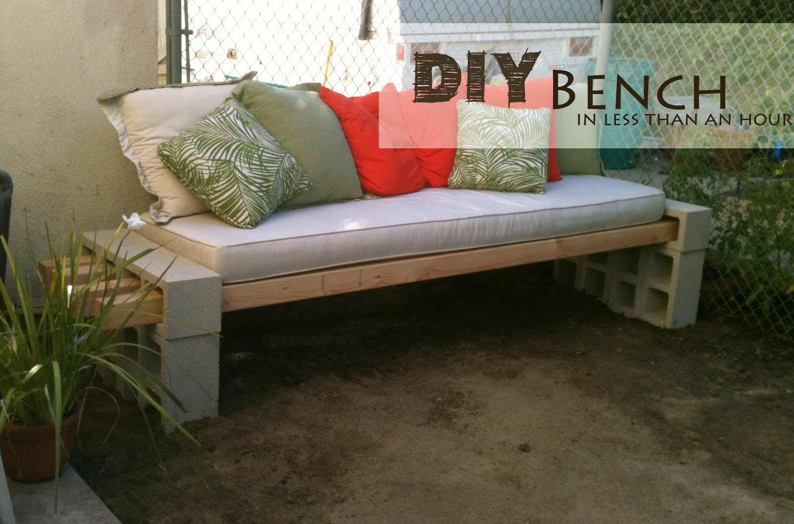 Diy outdoor bench in less than an hour for Cheap garden seating ideas