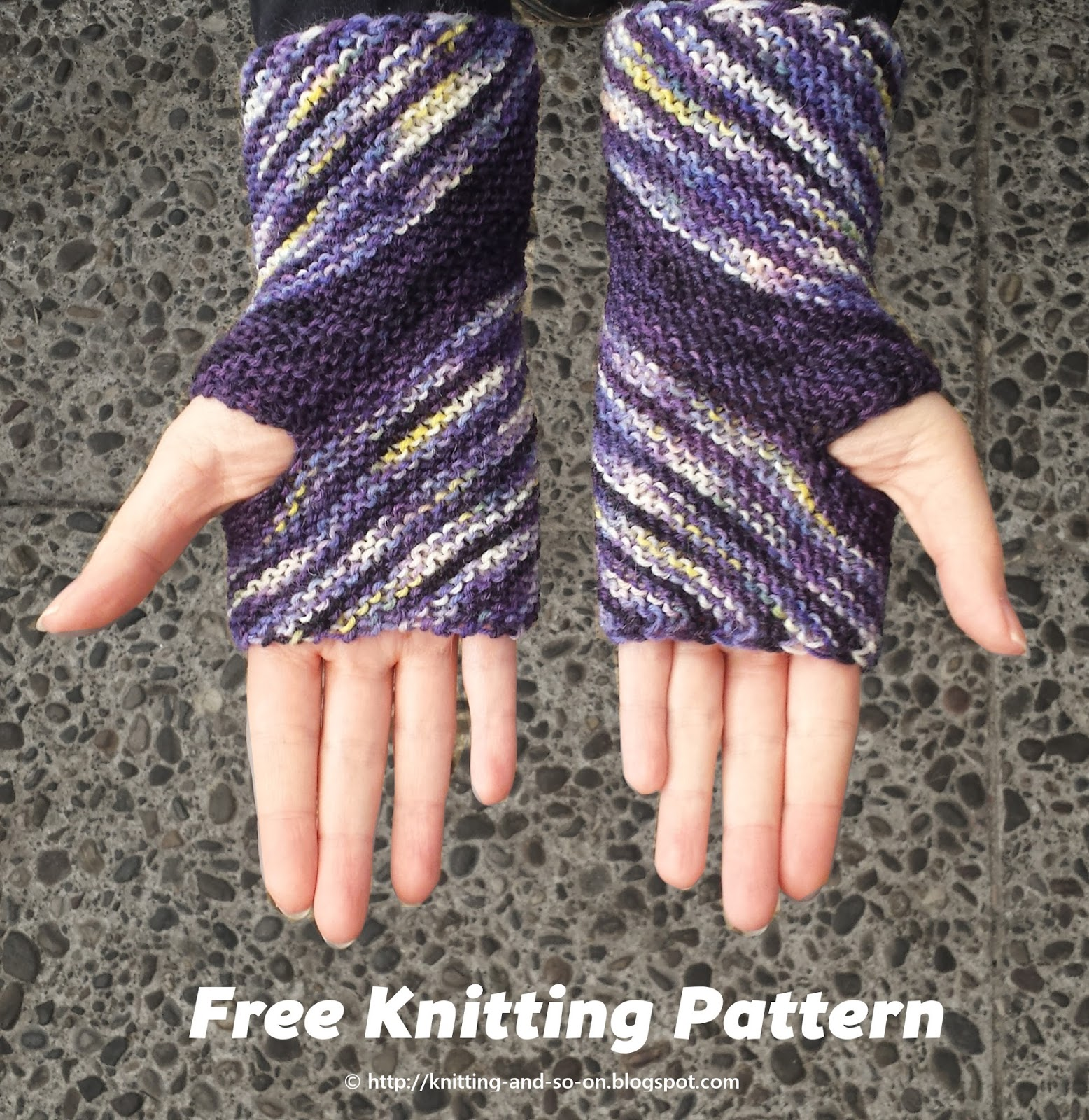 Knitting Pattern Free Wrist Warmers : Knitting and so on: Inclination Wrist Warmers