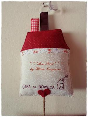 placa aberto e fechado-casinha-em tecido-em feltro-para lojas-personalizado