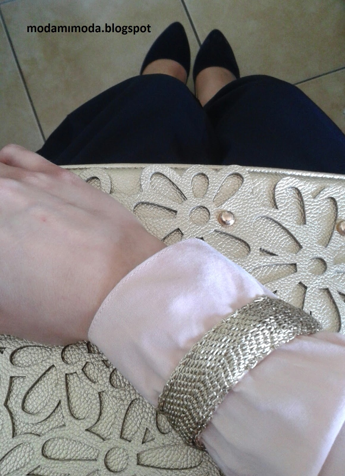 gold çanta