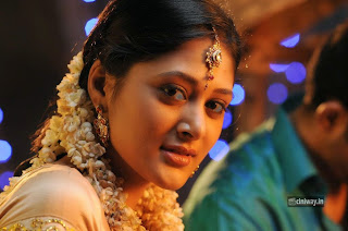 India-Pakistan-Heroine-Sushma-Raj-Stills