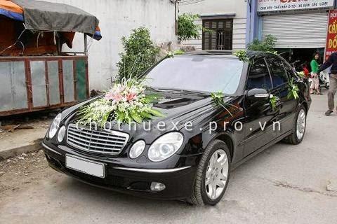Cho thuê xe cưới Mercedes E200 đời mới - Xe cưới hạng sang 1